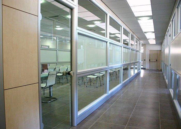 Agenzia libraria international mobili per ufficio milano for Mobili ufficio milano