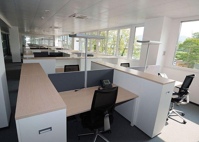 Arredamento Ufficio Lugano : B source s a case history di mobili per ufficio milano