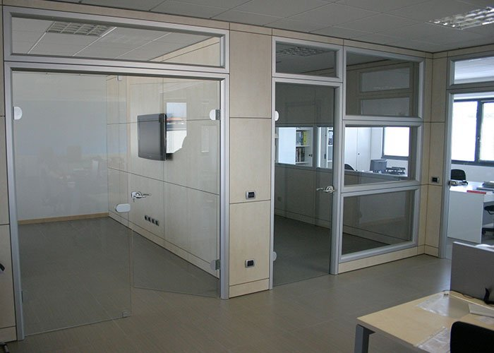 Aqasoft di bellusco case history di mobili per ufficio for Mobili ufficio milano