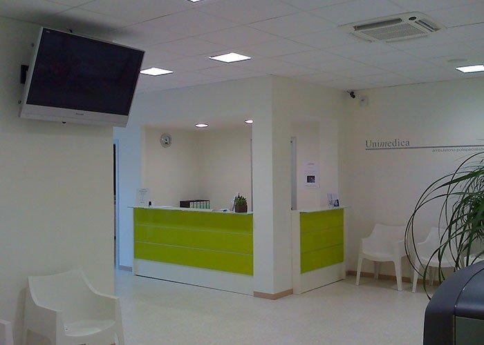Unimedica di monticella brianza mobili per ufficio milano for Mobili ufficio milano