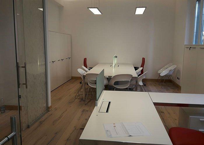 Padova immobiliare case history di mobili per ufficio milano for Mobili ufficio milano
