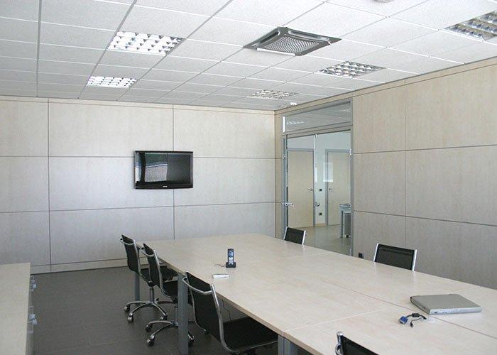 Aqasoft di bellusco case history di mobili per ufficio for Arredo ufficio milano