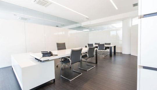 2loop-mobili-presidenziali-arredamento-uffici.jpg