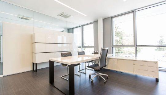 3loop-mobili-presidenziali-arredamento-uffici.jpg